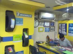 http://www.buzznoida.com/business/automotive-vehicle/tyres-shops-tyre-showrooms/1970.aspx ABN Automobiles Private Limited – Authorised Michelin Tyre Dealer Noida - 9899400950, 0120-4334462