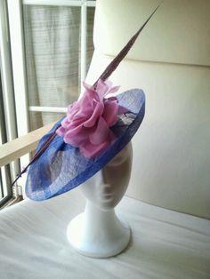 Tocado tonos azules y rosas. Mas en natalialuzentupelo.blogspot.com.es