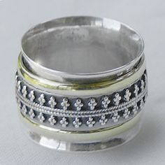 """""""Desra"""" Meditation Ring from Cahoia"""