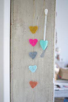wood & wool hearts by woodwoolstool on Etsy, Crochet Bunting, Crochet Garland, Crochet Motifs, Crochet Patterns, Crochet Home, Love Crochet, Crochet Yarn, Crochet Hearts, Knitting Projects