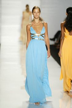 michael kors spring 2004 collection.....stunning!!  This was about the year I found Michael & have been a fan ever since :)