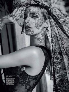 Elle Brasil Setembro 2013   Camila Mingori by Gustavo Marx