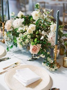 Flowers by Southern Table | Rentals by Bella Accento #dweddings #tablescapes #realweddings