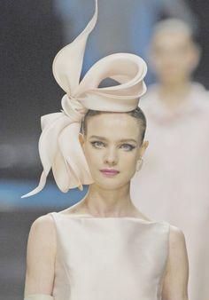 White head accessories #WhiteGlamour
