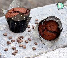 Ihr kennt doch diese dicken Schoko-Muffins mit den großen Schokoladenstücken, in die man beim ersten Anblick reinbeißen möchte?Pe...