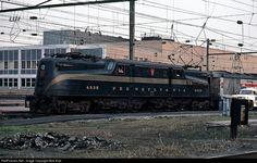 RailPictures.Net Photo: PRR 4935 Amtrak GG-1 at Harrisburg, Pennsylvania by Bob Kise