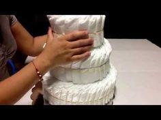 Como hacer un pastel de pañales - YouTube