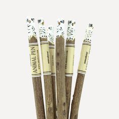 ANIMAL PEN Owl (White) | Readymade Objects Shop Black Friday 2019, Stationery Pens, Animal Fashion, Natural Wood, Owl, Objects, Shop, Animals, Animales