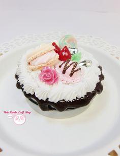 Creamy sweet clay macaron decoden tin by pinkpandacraftshop