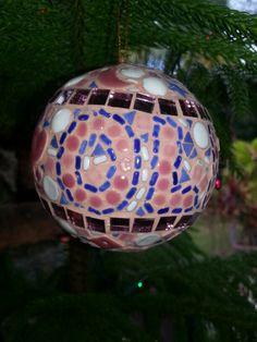 Mosaic Christmas ornament