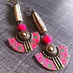 Inspiration ethnique - longues boucles d'oreille ethniques, céramique, pompon et strass