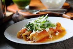 Entomatadas de pollo - Receta fácil de comida mexicana