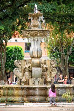 Old Guatemala City - Antigua, Guatemala Capital Guatemala, Guatemalan Art, Places To Travel, Places To Go, Atitlan Guatemala, Countries In Central America, Tikal, Beautiful World, Great Places