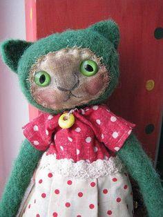 vintage cat doll My aunty Nora made dolls like this. Fabric Toys, Fabric Art, Felt Fabric, Muñeca Diy, Cat Doll, Cat Crafts, Little Doll, Sewing Toys, Soft Dolls