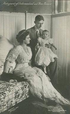 Prinz Wilhelm von Schweden mit Ehefrau Maria und Sohn Lennart, Prince Wilhelm of Sweden with his family | Flickr - Photo Sharing!
