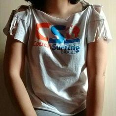 Customização de camiseta #fazendoarte #euquefiz #camiseta #artesanato