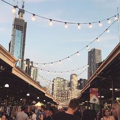 The end of the summer markets is always the saddest time ..although I am looking forward to mulled wine season. ✨ Do you prefer summer or winter markets? #melbourne #flashesofdelight