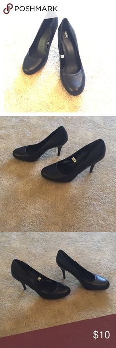 Mossimo black pumps Very few signs of wear, great condition. Leather upper. Mossimo Supply Co Shoes Heels