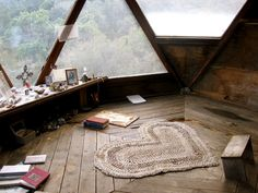 Meditation room. cool! Rustic/sparse is better than full of big pillows.