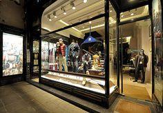 Tommy Hilfiger Christmas windows 2012, Vienna visual merchandising