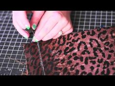 DIY SEQUINS CLUTCH