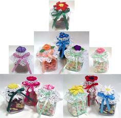 Flower Jar Lid Covers Crochet Pattern PDF by Maggiescrochet Crochet Puff Flower, Crochet Flower Patterns, Crochet Patterns For Beginners, Crochet Flowers, Quick Crochet, Crochet Home, Crochet Kitchen, Flowers In Jars, Baby Food Jars