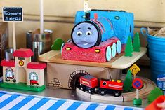 Thomas the Train party Birthday Party Ideas | Photo 2 of 11 | Catch My Party