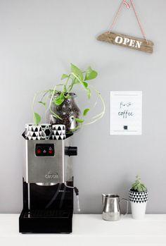 Urban Jungle Bloggers: Plants & Coffee via @titatoni