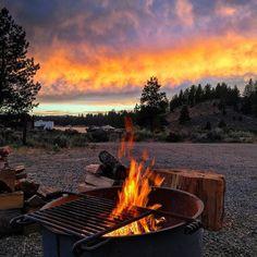 #mountain #rock #forest #tree #goodmorning #usa #america #turkey #türkiye #camp #camping #outdoor #nature #photo #focus #photography #wild #hunt #gun #knife #bushcraft #survival #survivalkit #handmade #winter #climbing #hiking #fire #scenery #view http://misstagram.com/ipost/1573122511397609508/?code=BXU2pbgBmAk