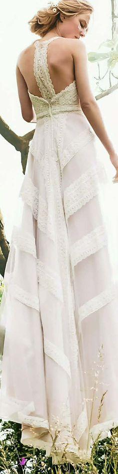 Lilian west, Fashion 2017, white
