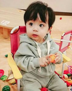Kids Clothes Stores Near Me Product Cute Baby Boy, Cute Little Baby, Little Babies, Cute Kids, Cute Asian Babies, Korean Babies, Asian Kids, The Babys, Cute Babies Photography
