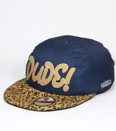 Pouf casquette en vente sur lavantgardiste.com