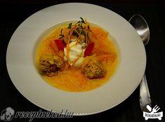 Sárgarépás savanyú káposzta Thai Red Curry, Ethnic Recipes, Food, Essen, Meals, Yemek, Eten