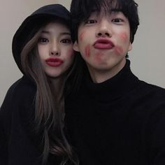Et si tu étais la petite sœur dune journaliste ? Que elle navait p… # Fanfiction # amreading # books # wattpad Sweet Couple, Love Couple, Couple Goals, Couple Ulzzang, Ulzzang Girl, Cute Couples Goals, Couples In Love, Cute Korean, Korean Girl