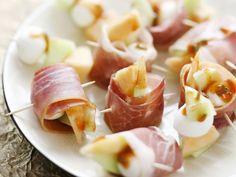 Mozzarella-Schinken-Röllchen | http://eatsmarter.de/rezepte/mozzarella-schinken-roellchen