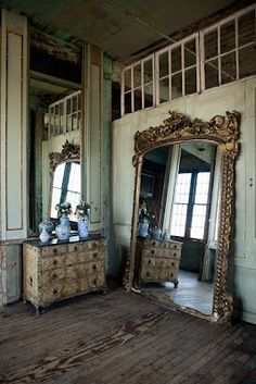 When I get my own Apartment, this mirror situation is happening!