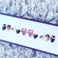 Want these hand painted Kylie nails from naileditbychelsey