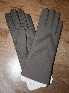 Vintage Isotoner Women's Gloves. $12.00, via Etsy.
