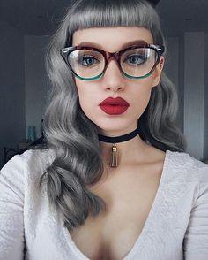 "Vintage Hairstyles With Bangs Vintage ""Cleo"" Wayfarer Style Gradient Clear Lenses Sexy Eyeglasses Glasses Summer Hairstyles, Cool Hairstyles, Silver White Hair, Pelo Vintage, Pastel Hair, Girls With Glasses, Love Hair, Vintage Hairstyles, New Hair"