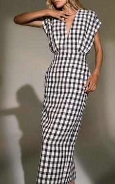 Get inspired and discover Derek Lam trunkshow! Shop the latest Derek Lam collection at Moda Operandi. Look Fashion, Womens Fashion, Fashion Design, Simple Dresses, Summer Dresses, Vestidos Zara, Cotton Dresses, Dress To Impress, Fashion Dresses