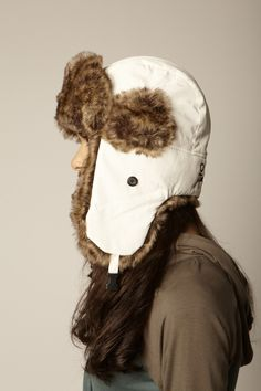 The model may be a woman, but Fur Trapper Hats are the shit. Wedding Dress With Veil, Trapper Hats, Crochet Designs, Mittens, Autumn Winter Fashion, Faux Fur, Winter Hats, Crochet Hats, Hair Accessories