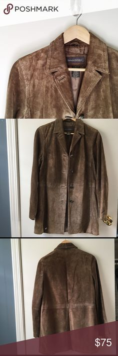 ✨HP✨Vintage Banana Republic Leather Duster Coat 100% genuine leather, long duster coat, amazing vintage condition. This is a really fun find and looks FIERCE! 🎉Host Pick: Weekend Wardrobe🎉  🚫 Trades/🅿️🅿️ ✨ 100% Authentic 💵 Offers Welcome 💰 Bundle Discount 📬 Ships in 1-2 Days Banana Republic Jackets & Coats