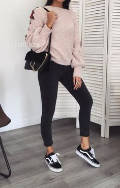 Tenis vans outfits, 2019 vans outfit, fashion ve fall outfit Lazy Day Outfits For School, Everyday Outfits, School Outfits, Outfits For Teens, Fall Outfits, Cute Casual Outfits, Simple Outfits, Fashion Mode, Look Fashion