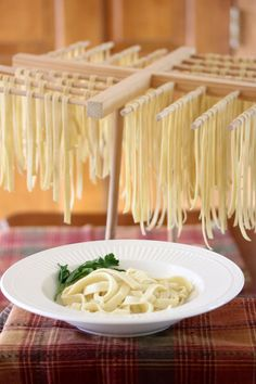 Explanation of how to make perfect pasta.  Will definitely give this a go.