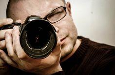 Ti piace fare il fotografo ma non hai mai avuto il giusto insegnamento? Ecco la guida per te... L'articolo Le migliori risorse per imparare il mestiere di fotografo sembra essere il primo su EsploraMi.it.