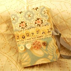 Vintage Wallpaper Journal Vintage Style Wallpaper, Journal Inspiration, Journal Ideas, My Journal, Little Books, Smash Book, I Card, Projects To Try, Scrapbook