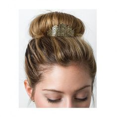 A new fave is live! BUN PINS BY KITSCH is the greatest innovation for the bun since the sock. Details on chic.