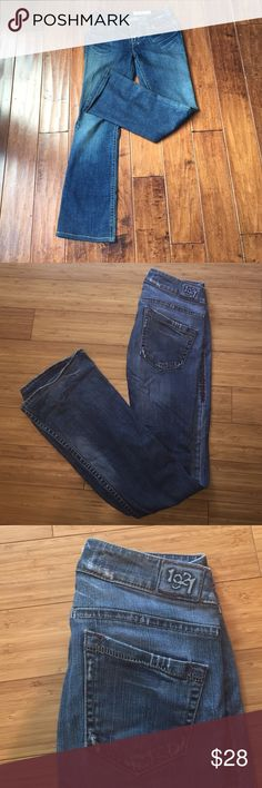 1921 Bootcut Jeans Like new jeans! Worn a few times. Size 29/34 1921 Jeans Boot Cut