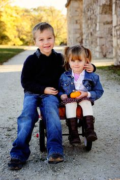 Brother and Sister, kids portrait, kids picture, fall