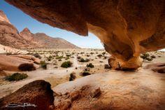 Rock overhang, Spitzkoppe Namibia